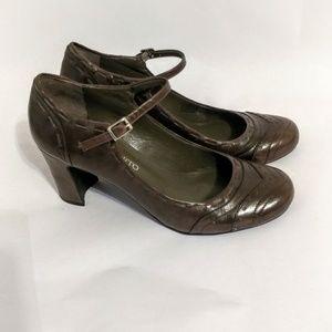 Franco  Sarto Size 8.5 Mary Jane pumps